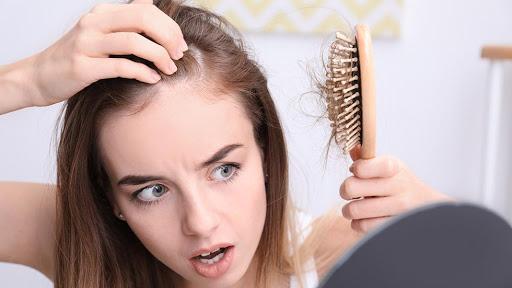 Leiden Sie unter einem Haarausfallproblem? Versuchen Sie es mit einer plättchenreichen Plasmatherapie